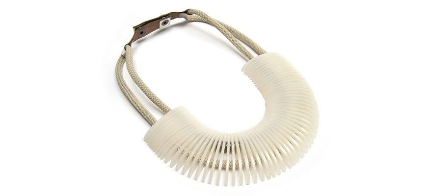 inv16-secuencia-collar-jazmin990x450